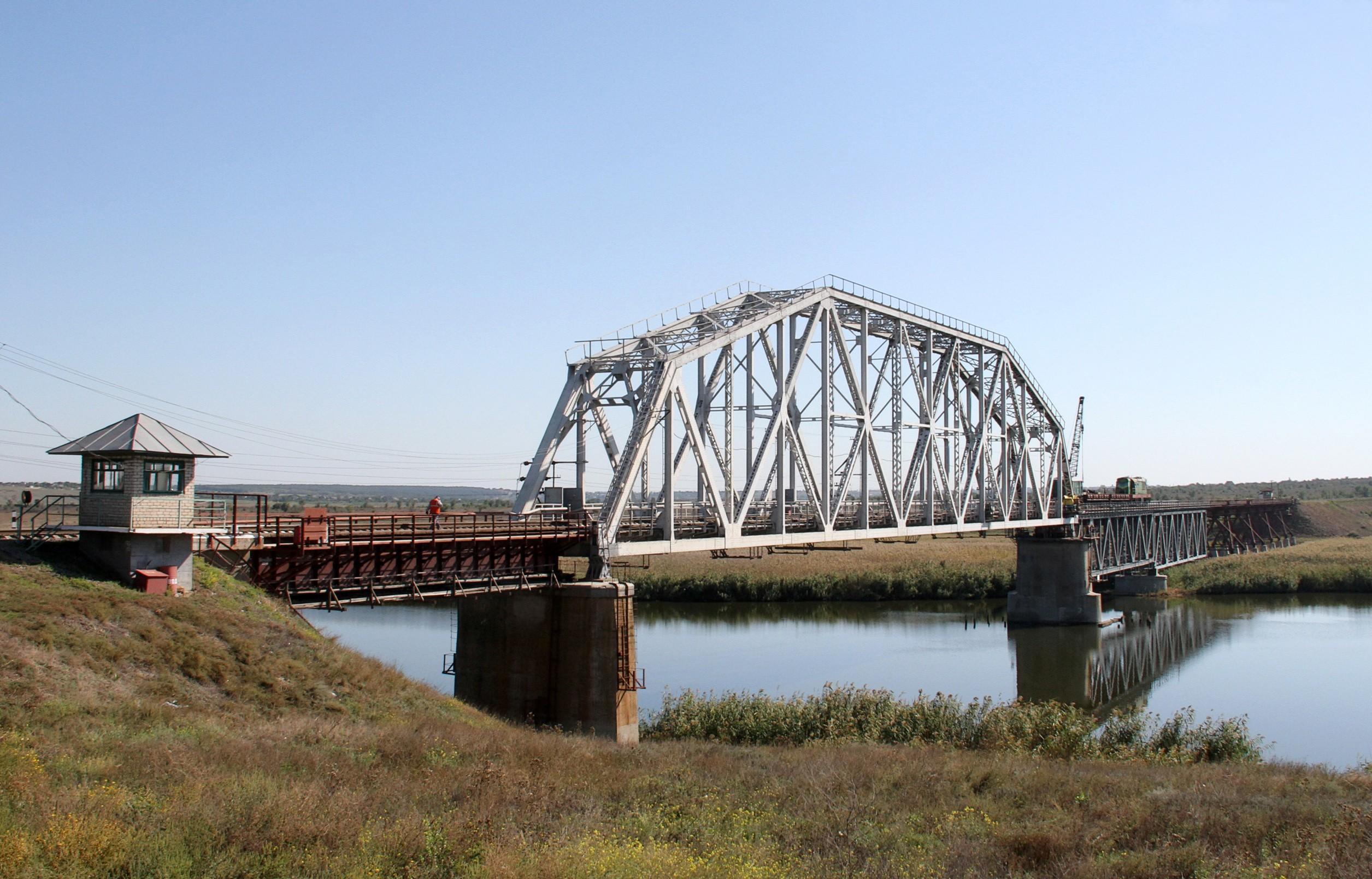 Залізничний міст на ділянці Колосівка—Миколаїв