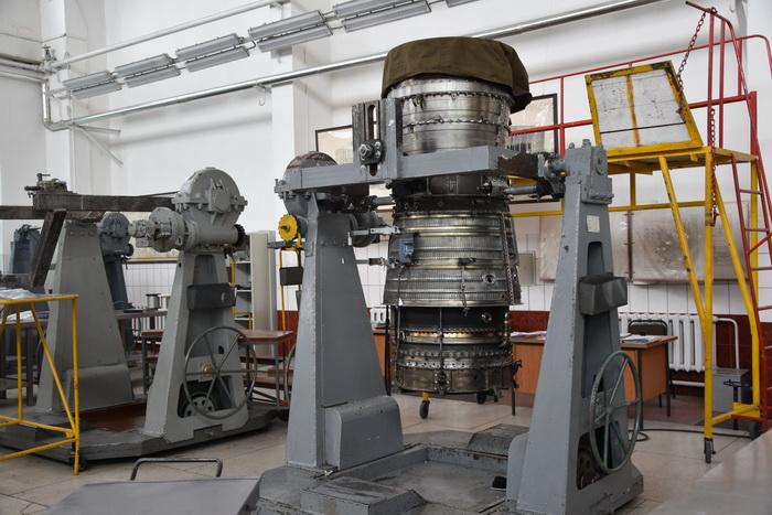 Луцький завод