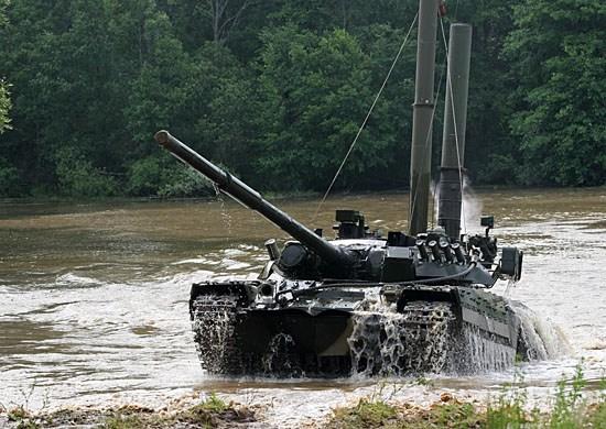 У 169 Навчальному центрі «Десна» почала працювати школа підготовки танкістів (відео)