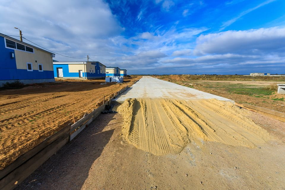 """риває будівництво стаціонарного табору на полігоні """"Широкий лан"""""""