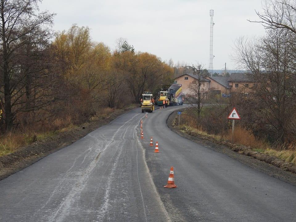 Триває поточний середній ремонт автодороги Т- 10-01 у Київській області