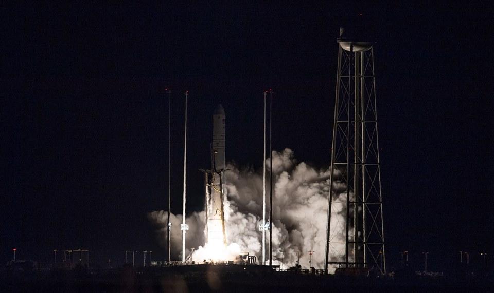 Відбувся успішний запуск ракети-носія «Антарес» з першим ступенем українського виробництва